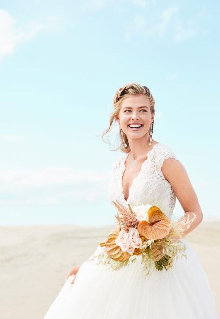 Braut, Hochzeitsmorgen, Braut Make up, Getting-read, Braut am Strand